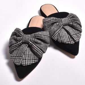 Something Navy black mules with bow size 7